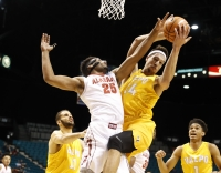 Alabama basketball team falls to Valparaiso in Las Vegas 68-60 (via Crimson Magazine)